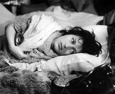 """Anna Magnani in una scena di """"La voce umana"""""""