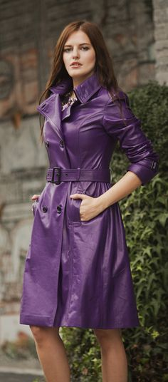 Purple leather trench by ADAMOFUR #purple #leather #style #fashion #streetstyle #inspiration #metoday Long Leather Coat, Leather Trench Coat, Long Trench Coat, Leather Jackets, Raincoats For Women, Jackets For Women, Clothes For Women, Trent Coat, Leder Outfits