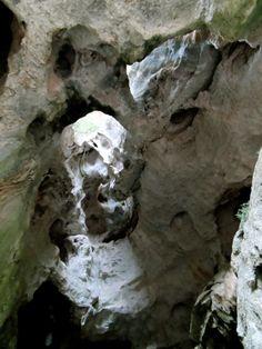 Grotta Sa Oche, Valle di Lanaittu - http://pecora-nera.eu/grotte-sa-ohe-stimme-des-wassers/