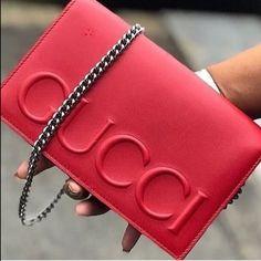 e02f82007e8 Designer Handbags With Style. For many ladies