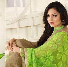 Indian Show, Saree Wearing, Drashti Dhami, Star Girl, Celebrity Dresses, Indian Girls, Bollywood, Sari, Actresses