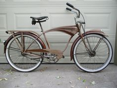1949 Schwinn B-6 bicycle- this is classic cruiser  perfection.