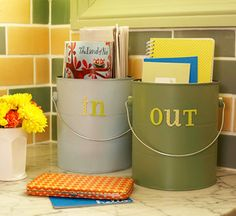 How perfect! An IN and OUT bin. Totally loving this idea, I'm so doing this before school starts back.