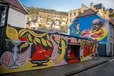 Bergen, Carousel, Street Art, Fair Grounds, Street, Carousels, Carousel Horses, Mountains