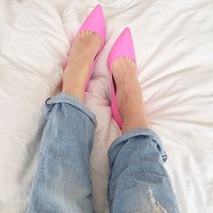 Goody two shoes fashion, ootd , love , shoes , heels, asos, ripped jeans, denim , hm