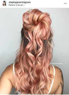 Seriously the most gorgeous rose gold hair I have ever laid eyes on. Next color for sure. Are you looking for rose gold hair color hairstyles? See our collection full of rose gold hair color hairstyles and get inspired!