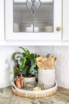 How to Decorate Kitchen Countertops & 1 simple rule for styling kitchen countertops and 10 items to make them pretty but functional. Simplified Decorating: How to Decorate Kitchen Countertops & Bless& House Source by Kitchen Countertop Decor, Home Decor Kitchen, Home Kitchens, Apartment Kitchen Decorating, Country Kitchen, Kitchen Counter Decorations, Small Kitchen Decorating Ideas, Kitchen Themes, Kitchen Tile