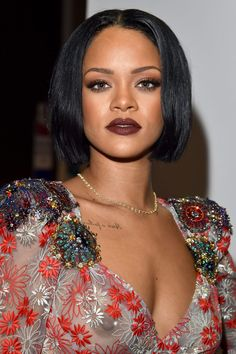 Rihanna's latest look was simply stunning. The short choppy bob and perfectly-lined dark lips have us crushing on her!