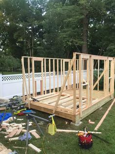 I built a 10' x 16' garden shed - Imgur Building A Storage Shed, Shed Building Plans, Building A Deck, Shed Storage, Backyard Storage, Backyard Sheds, Woodworking Basics, Woodworking Projects Diy, 10x10 Shed Plans