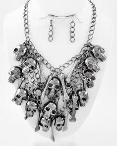 Domino Dollhouse - Plus Size Clothing: Skull N Bones Necklace