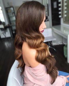 Показ голивудской волны на повышении от Art4Studio. Hair  by me #art4studio #trucco #hair #hairstyle #wedding #makeup #weddingidea #acconciatura #weddingstyle #bride #bridallook #bridalmakeup #bridalhairstyle #hairdo #hairstyle @hairstyle #brides #стилист #updo #свадебныйстилист #свадебныймакияж #свадебныепрически #макияж #прическа#beauty #vegas_nay #hudabeauty @hudabeauty @styleartists #vegas_nay #makegirlz  #wakeupandmakeup @wakeupandmakeup @hair.videos @peinadosvideos @vegas_nay
