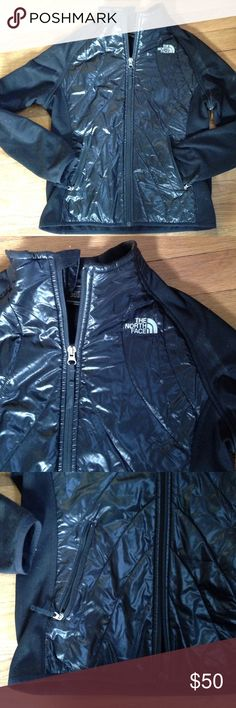Northface jacket fleece XXS puffer coat jacket Perfect light weight north face jacket with a puffer accent on the chest and fleece on the sides. Sz large girls or women's XXS! Excellent condition. Name written on inside. Worn lightly. North Face Jackets & Coats Puffers