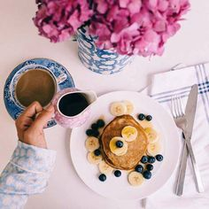 Loungewear I'll Be Living In For The Next Month - Lauren Nelson Coffee Today, Pajamas All Day, Food Fantasy, Blueberry Pancakes, Getting Hungry, Breakfast In Bed, Breakfast Ideas, Gal Meets Glam, Smoothie Bowl