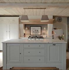 Chichester Kitchen    www.neptunesouthport.com