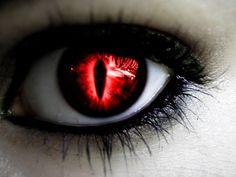 Ausgezeichnet Bilder kontaktlinsen vampir Ideen , Along with black sclera, Diz has purple eyes with the pupil slitted like a cat. Pretty Eyes, Cool Eyes, Beautiful Eyes, Vampire Eyes, Eternal Soul, Demon Eyes, Halloween Contacts, Crazy Eyes, Colored Contacts
