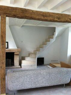 concrete stairs project by Loira Giacomoni Architect