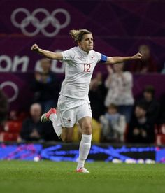 Christine Sinclair, best canadian soccer player ever