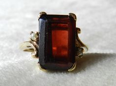 Vintage art deco genuine garnet and natural seed pearl engagement ring or right hand ring in rosey yellow gold. Center natural garnet stone