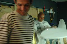 Johnny CABIANCA en BRETAGNE chez ATS Surf Shop  Photo: Kristell Menez