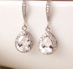 Crystal Bridal Earrings, Wedding Jewelry, Crystal #weddingjewelry #bridalearrings #weddingearrings #cubiczirconia #dangledrop #bridesmaidgift #bridaljewelry #crystalearrings #dropearrings #weddings #teardropearrings #bridesmaidearrings #motherofthebride