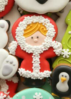 Cute Eskimo Cookie--so that's how you use a grass tip!