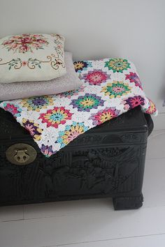 crochet blanket large granny square