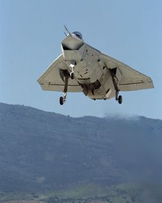 boeing x-32 vertical takeoff