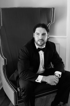 Tanner Roark  wife Amanda Botelho Wedding Photo By Anna Kerns Photography, LLC  Gettysburg hotel. What a handsome young man. Not a bad pitcher either! ⚾️