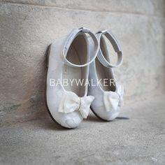 Ballet Dance, Ballet Shoes, Dance Shoes, Little Girls, Slippers, Fashion, Ballet Flats, Dancing Shoes, Moda
