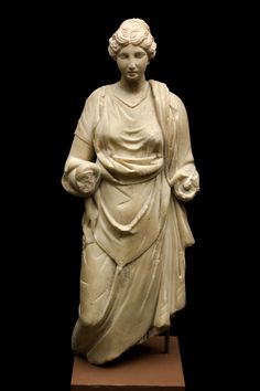 object from Ostia in the Wellcome Collection - a marble statue of Hygieia (inventory number A113241, registered number 23/1936), reputedly found in Ostia in the early 20th century