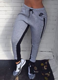 Mens/Womens Nike Shoes 2016 On Sale!Nike Air Max, Nike Shox, Nike Free Run Shoes, etc. of newest Nike Shoes for discount sale Nike Outfits, Sport Outfits, Fall Outfits, Casual Outfits, Adidas Outfit, Nike Free Outfit, Fitness Outfits, School Outfits, Milan Fashion Weeks