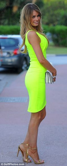 On the right side of the Phwoar! Chloe treats onlookers to a glance at her slender frame a...