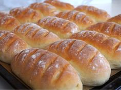 Thebaguetter Piece Of Bread, Bread Baking, Chocolate Recipes, Hot Dog Buns, Cake Recipes, Breakfast Recipes, Good Food, Brunch, Food And Drink