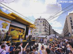 Big crowds at the finish in #Limoges today! #stage4 @letourdefrance #tdf2016 #podium @petosagan #yellowleaderjersey #celebration #public #fans #press #media #cycling #limoges