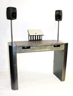 Awesome Dj desk. Is that a drawer too?