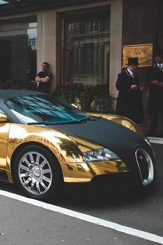 Gold #Bugatti #Veyron