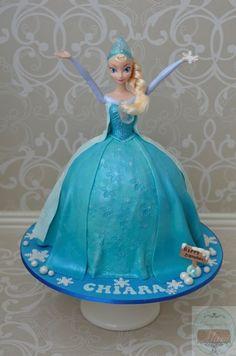 Elsa Frozen cake