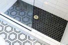 Hexagon Tile Bathroom, Hexagon Tiles, Shower Faucet Sets, Shower Niche, Black And White Tiles, Black Marble, Black Grout, Shower Floor Tile, Small Bathroom