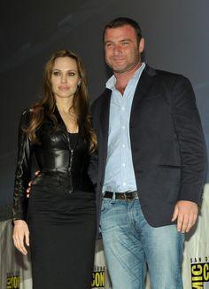 Angelina Jolie & Liev Schreiber :)