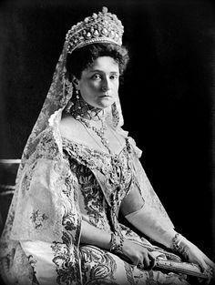 (1908) Tsarina Alexandra of Russia (Alix of Hesse)