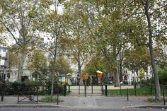 Square Henri Galli Henri, Sidewalk, Plants, Side Walkway, Walkway, Plant, Walkways, Planets, Pavement