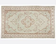 CODE:5950-160x268  ------------------------------------------------------------------  Size shown rug: 5,2 x 8,8 FT___160 x 268 CM    Recycling