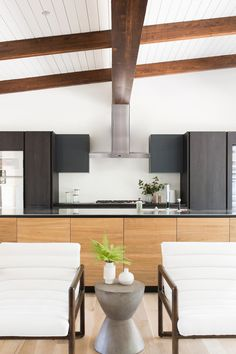 9Mid-Century+Modern+Kitchen.jpeg