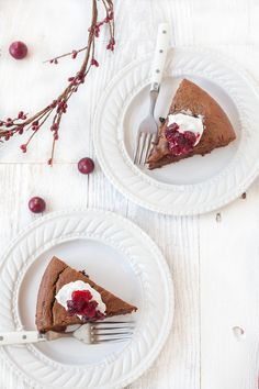 Paleo Cranberry Chocolate Gingerbread Cake