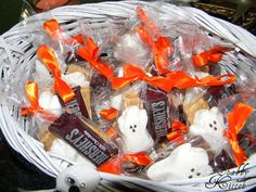 Halloween Ghostly S'more Treat so doing this for their class parties