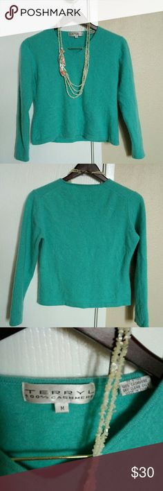 """💯% cashmere pull over sweater 💯% cashmere, it's a very soft with beautiful color, turquoise. Height from shoulder 19"""",wide armpit to armpit 18"""", armpit round 15"""", hands length 21"""". Feel free to make an offer 😉😉😍 terryl Sweaters V-Necks"""