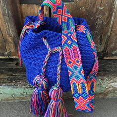 Crochet Home, Love Crochet, Tot Bag, Diy Bags Purses, Unique Purses, Boho Bags, Embroidery Techniques, Crochet Projects, Crochet Ideas