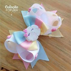 Cinderella hair bow -p Salvabr ani Diy Hair Bows, Making Hair Bows, Diy Bow, Ribbon Art, Diy Ribbon, Ribbon Bows, Cinderella Hair, Baby Girl Hair Accessories, Hair Bow Tutorial