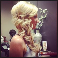Bridal beauty, wedding hair and makeup, fancy hairstyles, wedding hairstyle Side Swept Updo, Side Swept Hairstyles, Fancy Hairstyles, Bride Hairstyles, Wedding Hair And Makeup, Hair Makeup, My Hairstyle, Bridesmaid Hair, Prom Hair