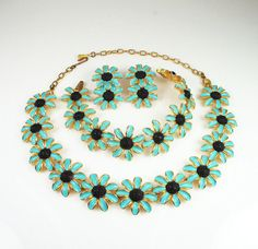 Vintage  Judy Lee Enamel Daisy Necklace Bracelet Earrings Set